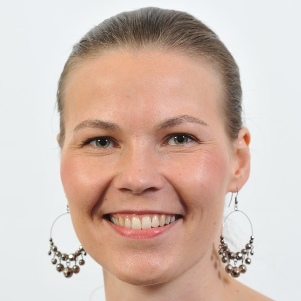 Dr Tiina Eilola